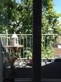 Balkon mit Sicht auf die Stadt