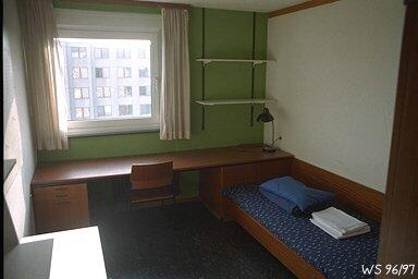 m bliertes zimmer in studentenwohnheim wg zimmer in konstanz paradies. Black Bedroom Furniture Sets. Home Design Ideas