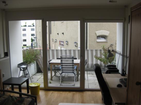 zimmer im studiosus zur zwischenmiete 1 zimmer wohnung in regensburg galgenberg. Black Bedroom Furniture Sets. Home Design Ideas