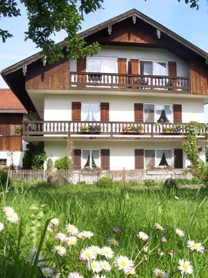 wohnung am starnberger see 60qm wohnung in wolfratshausen holzhausen. Black Bedroom Furniture Sets. Home Design Ideas