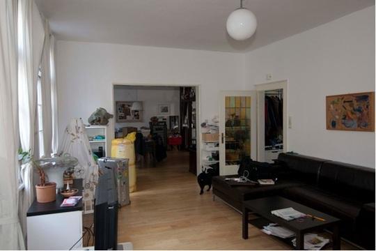 sch ne sanierte helle altbauwohnung im luisenviertel wohnung in wuppertal elberfeld. Black Bedroom Furniture Sets. Home Design Ideas