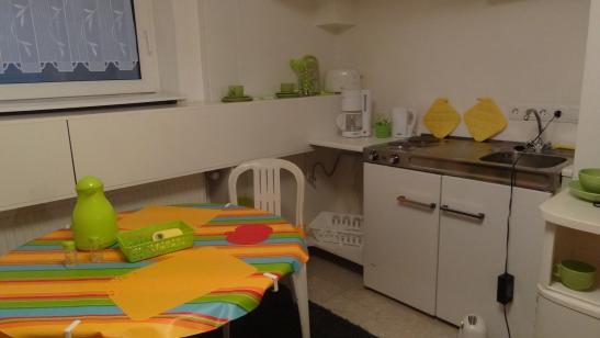 einziehen und sich zuhause f hlen 1 zimmer wohnung in m nchen pasing obermenzing. Black Bedroom Furniture Sets. Home Design Ideas