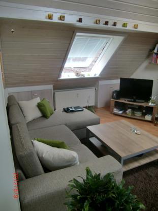 1 2 zimmer dachgeschoss wohnung 1 zimmer wohnung in friedberg hessen ober rosbach v d h he. Black Bedroom Furniture Sets. Home Design Ideas