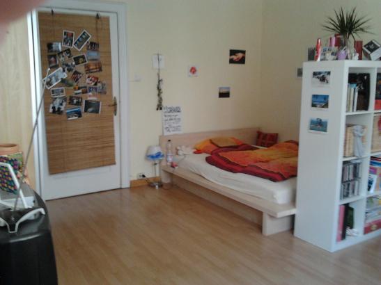 Großes Südstadtzimmer zur Zwischenmiete - WG Zimmer in Hannover-Südstadt