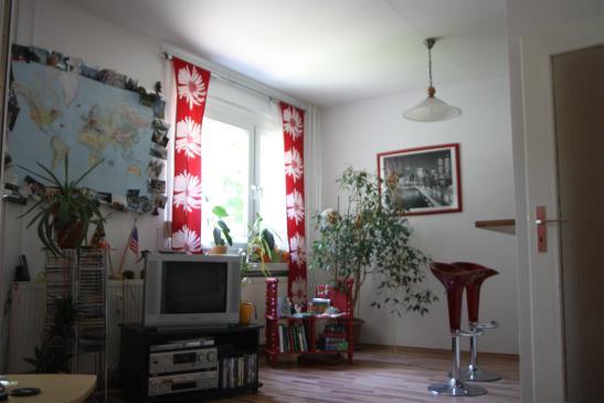schick g nstig im herzen der stadt wohnung in dresden striesen. Black Bedroom Furniture Sets. Home Design Ideas