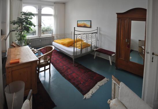 sonne plus whg infrastruktur nahe potsdamer platz und tiergarten und gleisdreieck m bliertes. Black Bedroom Furniture Sets. Home Design Ideas