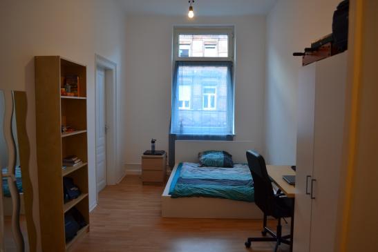 m bliertes 16qm zimmer in 6er studenten wg zimmer m bliert mannheim jungbusch. Black Bedroom Furniture Sets. Home Design Ideas