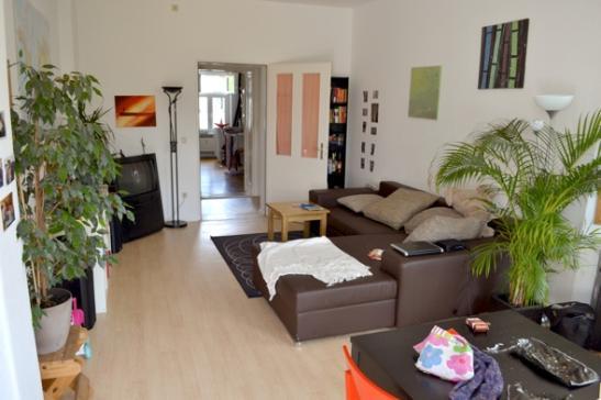3 zimmer wohnung mit dachterrasse berlin sommer urlaub geeignet wohnung in berlin wedding. Black Bedroom Furniture Sets. Home Design Ideas