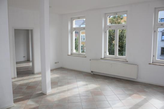 ideale studentenwohnung gro e wohnung kleiner preis 1 zimmer wohnung in chemnitz ka berg. Black Bedroom Furniture Sets. Home Design Ideas