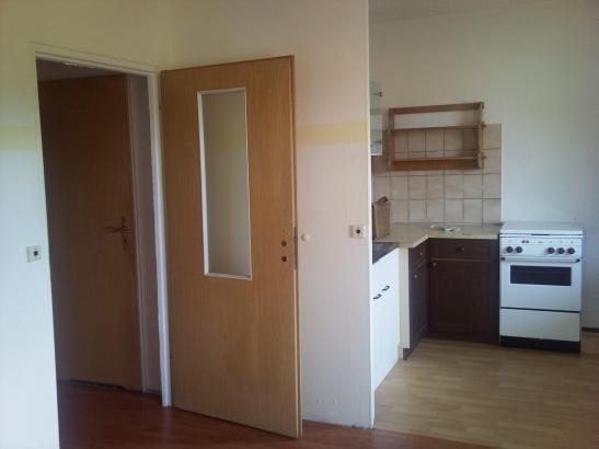 g nstige wohnung in laufweite zur universit t 1 zimmer wohnung in frankfurt oder mitte. Black Bedroom Furniture Sets. Home Design Ideas