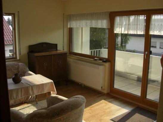 neu renovierte 1 5 z wohnung 1 zimmer wohnung in. Black Bedroom Furniture Sets. Home Design Ideas