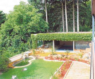 wg m schwimmbad sauna terrasse grill solarium auf wunsch nebenjob wg zimmer in siegen geisweid. Black Bedroom Furniture Sets. Home Design Ideas