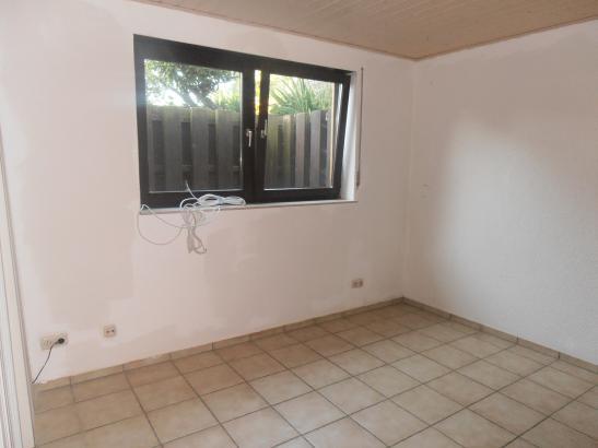 hochwertige elw in weiterstadt bei darmstadt f r studenten oder azubis 1 zimmer wohnung in. Black Bedroom Furniture Sets. Home Design Ideas