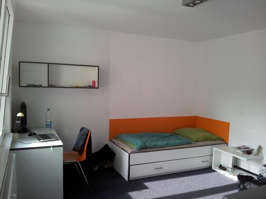m bliertes 1 zimmer appartement er zentrum 1 zimmer wohnung in erlangen innenstadt. Black Bedroom Furniture Sets. Home Design Ideas