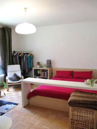 klein aber fein wohnung am flughafen tegel mit blick ins. Black Bedroom Furniture Sets. Home Design Ideas