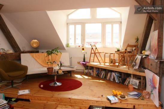 dachatelier kulturwg wg zimmer frei wohngemeinschaft berlin prenzlauer berg. Black Bedroom Furniture Sets. Home Design Ideas