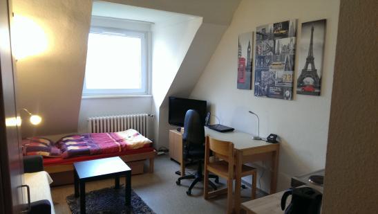 g nstiges appartement im studentenwerk ulmenweg 1 zimmer wohnung in mannheim neckarstadt. Black Bedroom Furniture Sets. Home Design Ideas