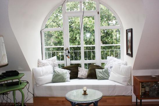 sch ner dachbodenausbau inneneinrichtung und m bel. Black Bedroom Furniture Sets. Home Design Ideas