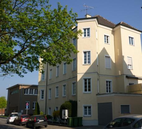 zimmer in netter 2er wg n he city galerie wohngemeinschaft in augsburg innenstadt. Black Bedroom Furniture Sets. Home Design Ideas