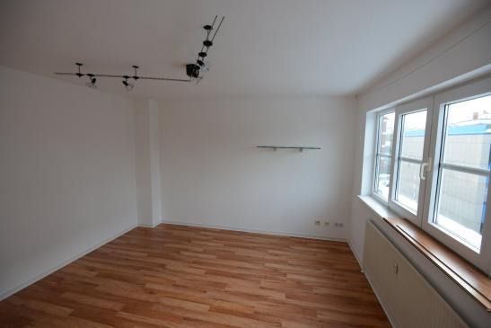 Helle Und Moderne 15 Zimmer Wohnung 1 Zimmer Wohnung In Hannover