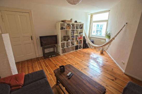 wundersch ne altbauwohnung 2 zimmer wohnung in weserstr neuk lln wohnung in berlin neuk lln. Black Bedroom Furniture Sets. Home Design Ideas