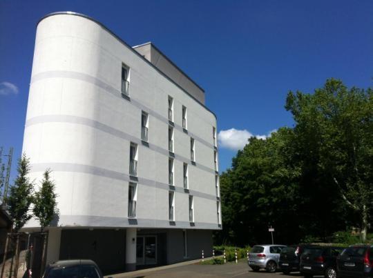 modernes kleines apartment in frankfurt bockenheim m bliert 1 zimmer wohnung in frankfurt. Black Bedroom Furniture Sets. Home Design Ideas