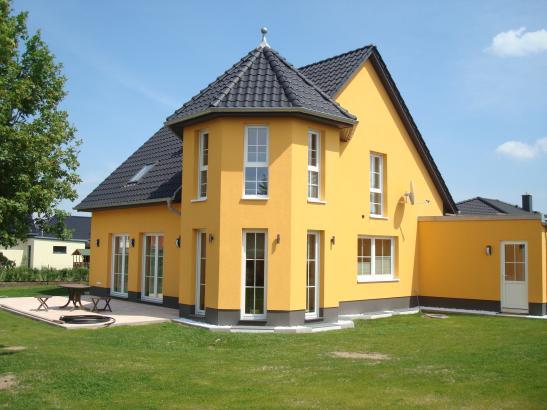 M bliertes zimmer 17m in einfamilienhaus mit garten for Garten neubrandenburg