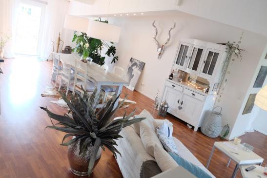 gro e moderne wohnung ruhig stadtnah wohnung in lippstadt zentrum. Black Bedroom Furniture Sets. Home Design Ideas
