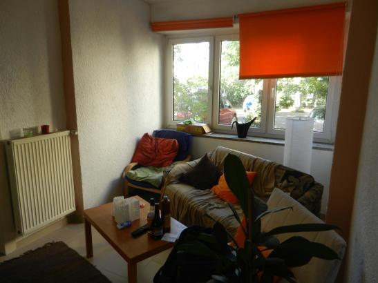 10 qm zimmer mit hochbett in geselliger 4er wg wg zimmer in darmstadt darmstadt. Black Bedroom Furniture Sets. Home Design Ideas