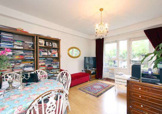 m blierte 75qm wohnung in netter 2er wg zentral wohnung in london islington. Black Bedroom Furniture Sets. Home Design Ideas