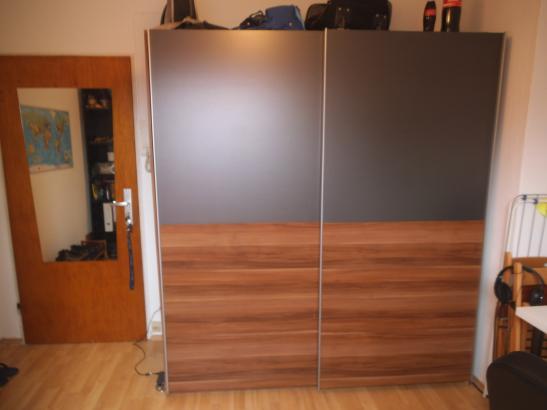 zimmer f r sommer praktikanten in frankfurt am main 1. Black Bedroom Furniture Sets. Home Design Ideas