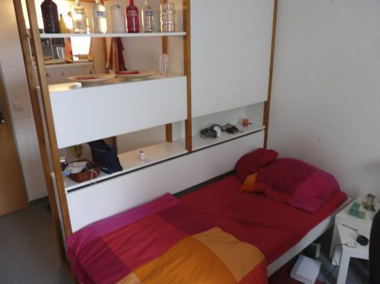 studentenwohnheim miete f r einen monat 1 zimmer wohnung in stuttgart vaihingen. Black Bedroom Furniture Sets. Home Design Ideas