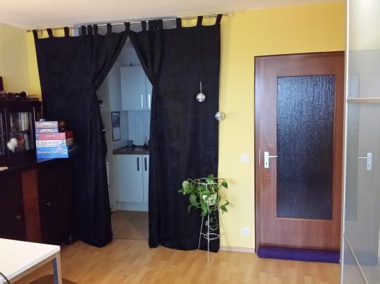 sch ne wohnung neue k che bad s dbalkon 1 zimmer wohnung in kassel niederzwehren. Black Bedroom Furniture Sets. Home Design Ideas