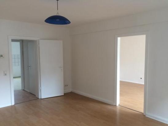 sch ne 2 zimmer wohnung wohnung in wuppertal elberfeld. Black Bedroom Furniture Sets. Home Design Ideas