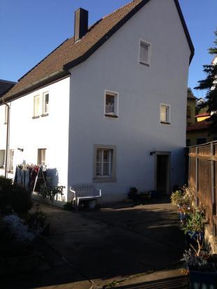 altes wohnhaus zu vermieten haus in w rzburg versbach. Black Bedroom Furniture Sets. Home Design Ideas