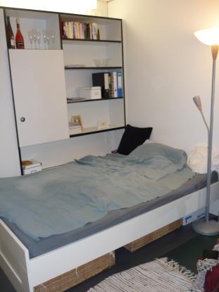 m biliertes zimmer in studentenwohnheim zur zwischenmiete zimmer m bliert m nchen hadern. Black Bedroom Furniture Sets. Home Design Ideas