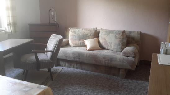 ein zimmer wohnung im jenaer umland 1 zimmer wohnung in jena kleindembach. Black Bedroom Furniture Sets. Home Design Ideas