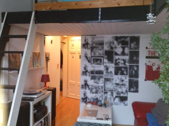sch nes wg zimmer mit begehbarem kleiderschrank und. Black Bedroom Furniture Sets. Home Design Ideas