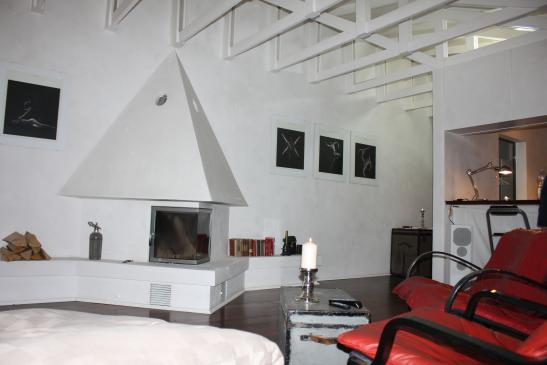 niveauvoll m bliertes wohnen auf zeit wohnung in. Black Bedroom Furniture Sets. Home Design Ideas