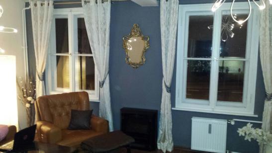 sch ne zentral gelegene 2 zimmer wohnung zur untermiete wohnung in wolfsburg innenstadt. Black Bedroom Furniture Sets. Home Design Ideas