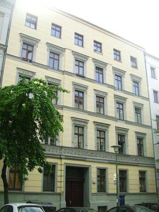 wohnung f 1 oder 2 leute hell ruhig zenral wohnung in berlin prenzlauer berg. Black Bedroom Furniture Sets. Home Design Ideas