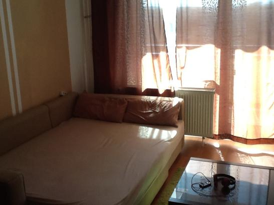 tolle m blierte wohnung im zentrum f r 216 eiro 1 zimmer wohnung in chemnitz zentrum. Black Bedroom Furniture Sets. Home Design Ideas