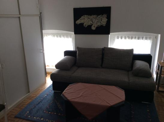 m bliertes zimmer 15m2 in duisburg mit kabeltv zu vermieten m bliertes zimmer duisburg hochfeld. Black Bedroom Furniture Sets. Home Design Ideas