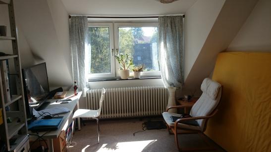 sonniges zimmer frei in niendorf alt wg hamburg niendorf. Black Bedroom Furniture Sets. Home Design Ideas