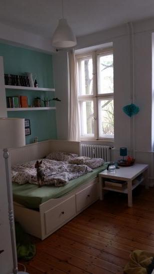 sch ne einraumwohnung in moabit ruhig im 2 hinterhaus gelegen wohnung in berlin moabit. Black Bedroom Furniture Sets. Home Design Ideas