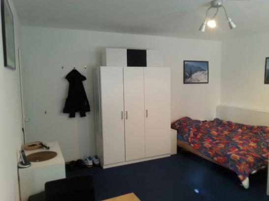 1 zimmer wohnung am westbahnhof wohnung in aachen aachen. Black Bedroom Furniture Sets. Home Design Ideas