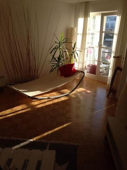 sch ne 2 zimmer wohnung in s lz wohnung in k ln s lz. Black Bedroom Furniture Sets. Home Design Ideas