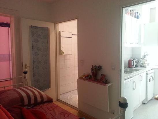 nachmieter f r 1 z wohnung in zentraler lage in reinickendorf 1 zimmer wohnung in berlin. Black Bedroom Furniture Sets. Home Design Ideas