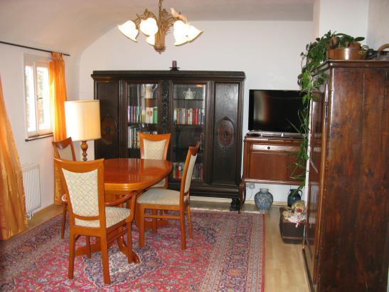 sch ne 3 zimmer wohnung komplett m bliert mit einbauk che wohnung in n rtingen braike. Black Bedroom Furniture Sets. Home Design Ideas