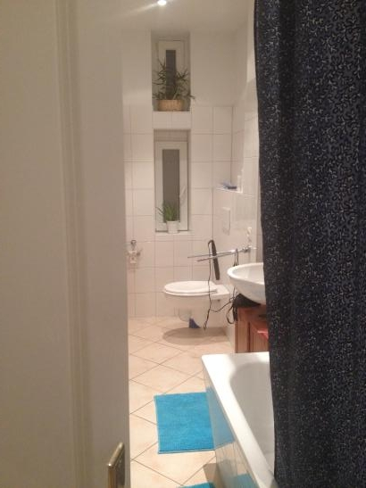 sch ne 2 zimmer wohnung in moabit wohnung in berlin tiergarten. Black Bedroom Furniture Sets. Home Design Ideas